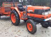Trator Kubota l2900 4x4 + reboque
