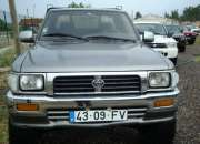 Toyota Hilux 4X4 , 4 LUGARES 1500€